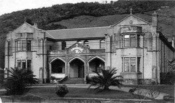Mercy Sisters' Convent, Greymouth, in the 1930s